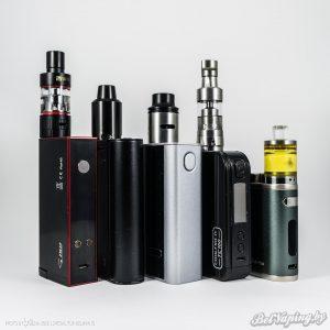 Сравнение размеров, слева направо: Vaptio S150, Eleaf iStick TC100W, Joyetech Cuboid 150W, Innokin Coolfire IV TC100W, Eleaf iStick Pico 75W