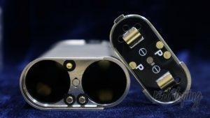 Обзор модов Noisy Cricket I и II (22мм) - положение крышки для параллельного соединения аккумуляторов