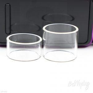 Стандартное (слева) и расширенное стекло EXCEED D22 от Joyetech