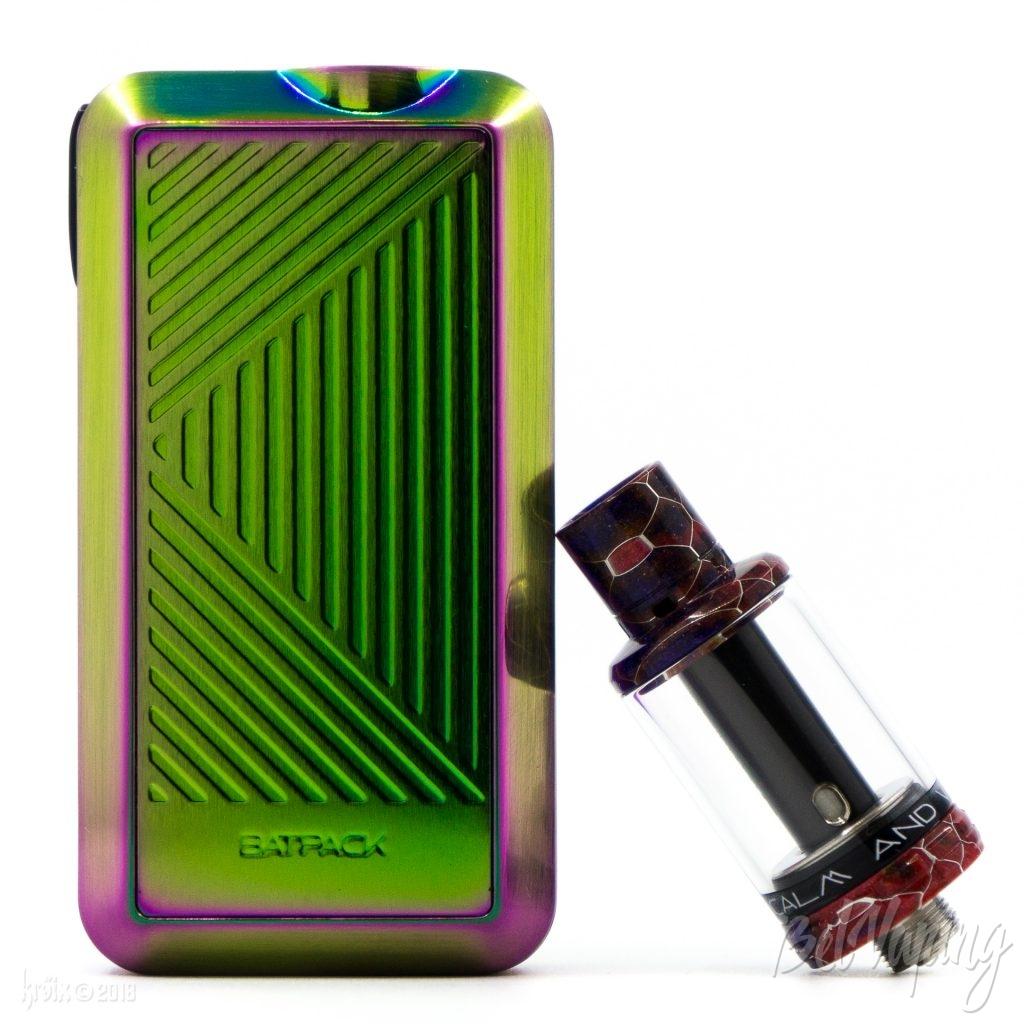 Внешний вид батарейного блока Batpack и атомайзера Joye ECO D16 от Joyetech