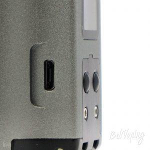 Кнопки управления и разъем micro USB в Dovpo Topside Dual Squonk Mod
