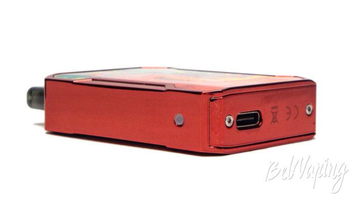 Smoant BATTLESTAR BABY - вид снизу и гнездо зарядки