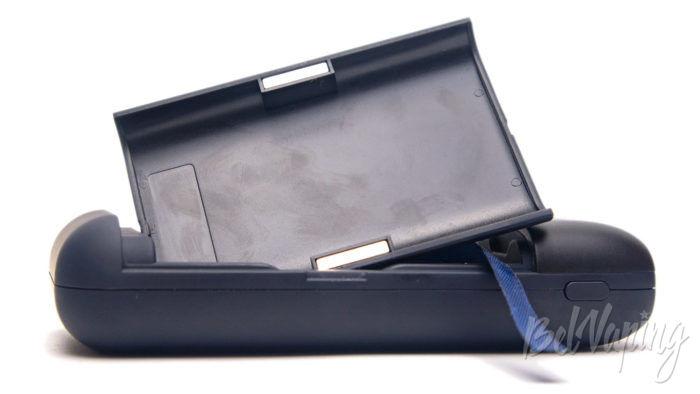 Зарядное устройство и пoвербанк Xtar PB2S - фиксация крышки