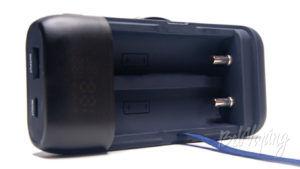 Зарядное устройство и пoвербанк Xtar PB2S - контактная группа -