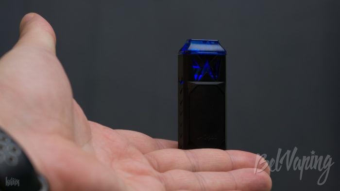 Внешний вид Wi-Pod X Kit от Smoking Vapor в руке